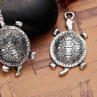 """LOGIN TO VIEW PRICINGTurtleAntique Silver AlloyZinc based Alloy35mm x 18mm1 3/8"""" x 3/4"""" - Product Image"""